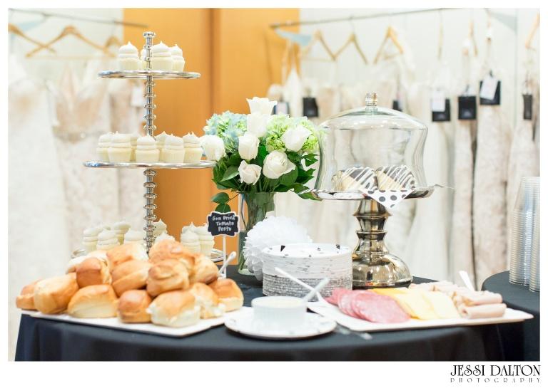 Jessi Dalton Photography - Blue Bridal Boutique - Sara Gabriel - Sip & Style_0004