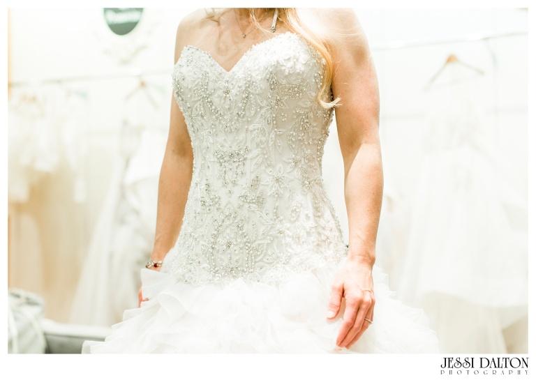 Jessi Dalton Photography - Blue Bridal Boutique - Sara Gabriel - Sip & Style_0028