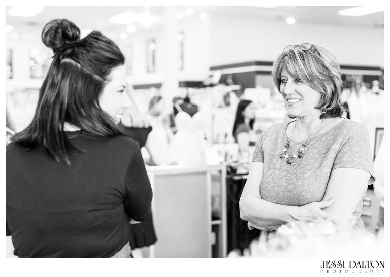 Jessi-Dalton-Photography-25thAnniversary-Giveaway-Amandas-Bridal_0016