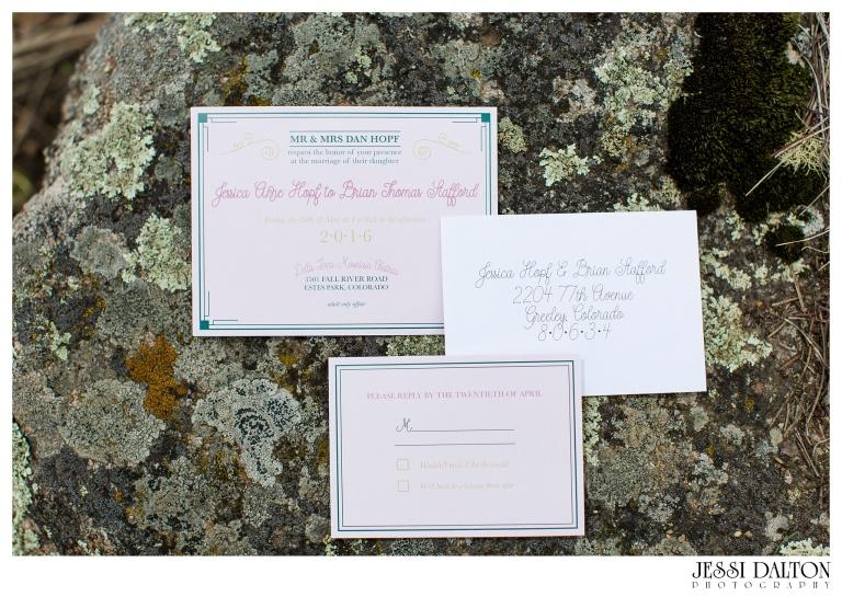 Jessi-Dalton-Photography-Della-Terra-Mountain-Chatuea-Lace-And-Lilies-Colorado-Mountain-Wedding_0004