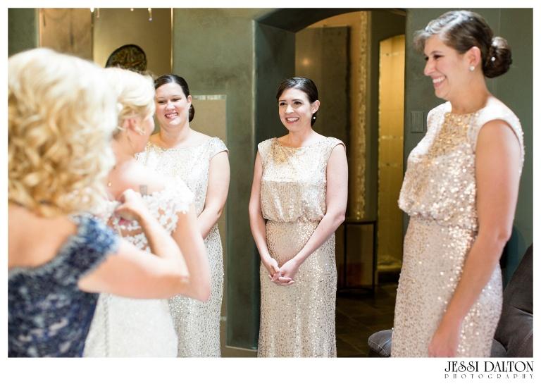 Jessi-Dalton-Photography-Della-Terra-Mountain-Chatuea-Lace-And-Lilies-Colorado-Mountain-Wedding_0013