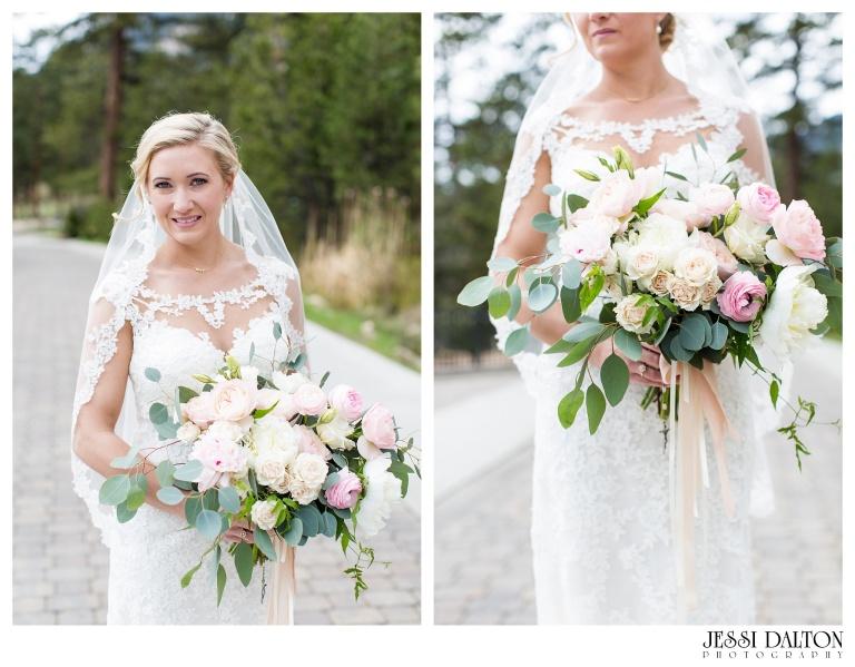 Jessi-Dalton-Photography-Della-Terra-Mountain-Chatuea-Lace-And-Lilies-Colorado-Mountain-Wedding_0029