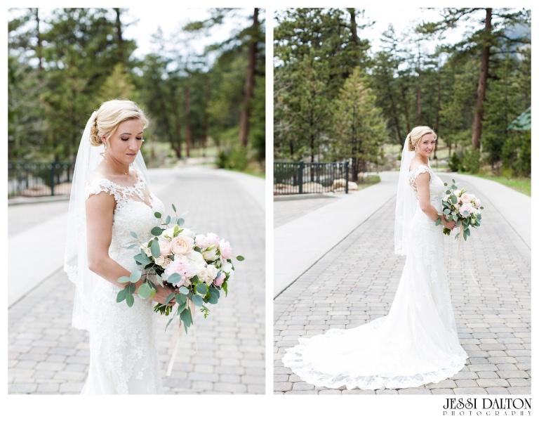 Jessi-Dalton-Photography-Della-Terra-Mountain-Chatuea-Lace-And-Lilies-Colorado-Mountain-Wedding_0032