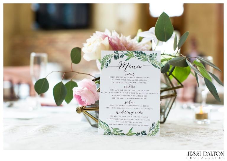 Jessi-Dalton-Photography-Della-Terra-Mountain-Chatuea-Lace-And-Lilies-Colorado-Mountain-Wedding_0097
