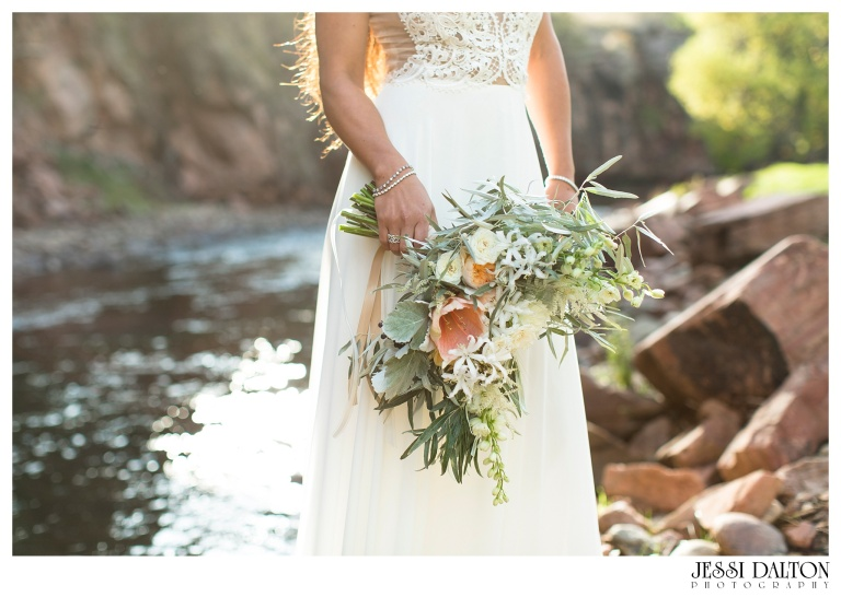 Jessi-Dalton-Photography-River-Bend-Colorado-Wedding-Photographer-Greek-Goddess-Styled-Shoot_0024