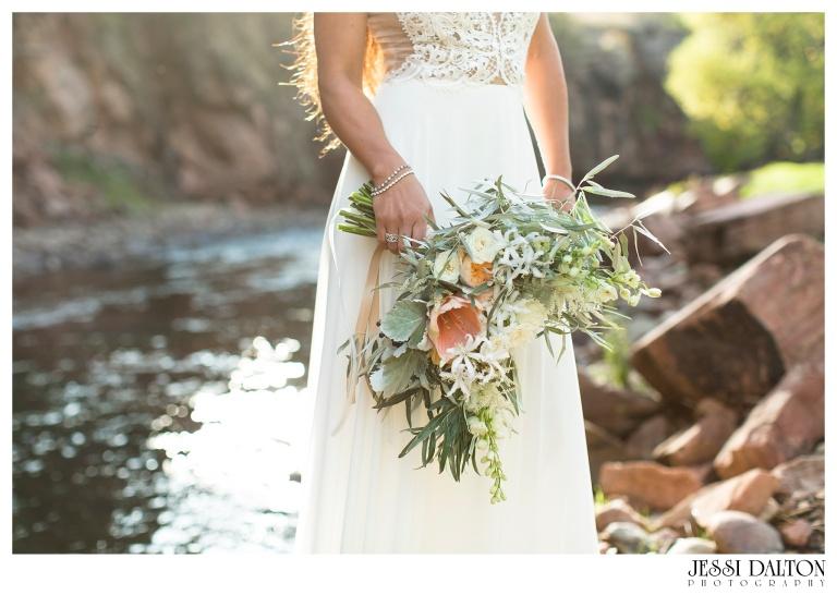Jessi-Dalton-Photography-River-Bend-Colorado-Wedding-Photographer-Greek-Goddess-Styled-Shoot_0024
