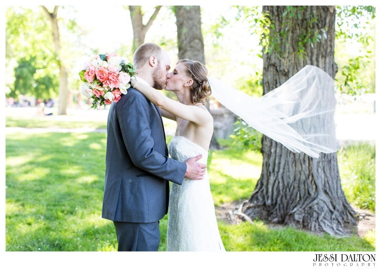 Jessi-Dalton-Photography-Washington-Park-Boathouse-Wedding-Colorado-Wedding-Photographer_0032