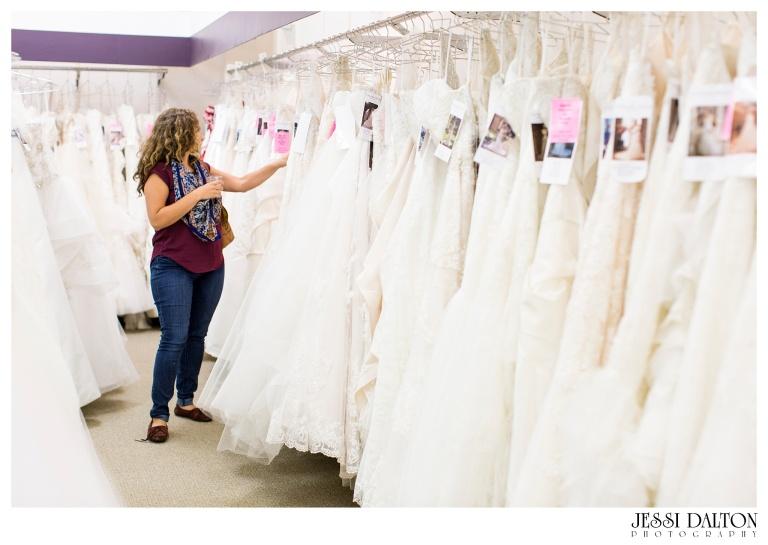 Jessi-Dalton-Photography-25thAnniversary-Giveaway-Amandas-Bridal_0024