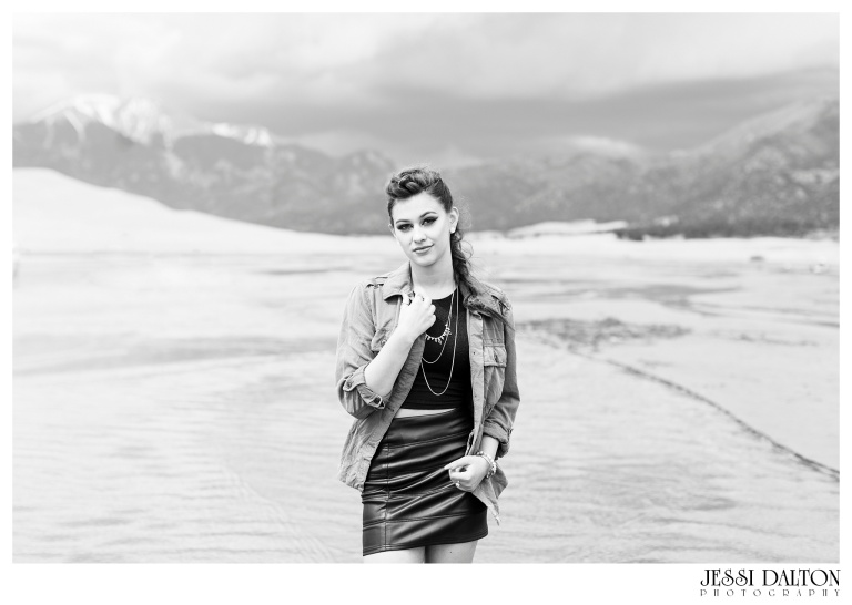 Jessi-Dalton-Photography-Colorado-Senior-Photographer-Great-Sand-Dunes_0030