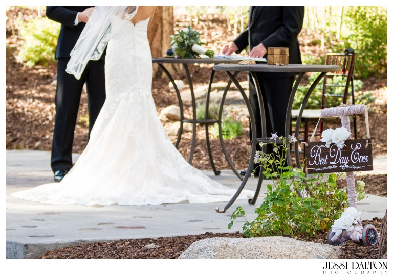 jessi-dalton-photography-colorado-wedding-photographer-della-terra-mountain-chateau-natalieryan_0019