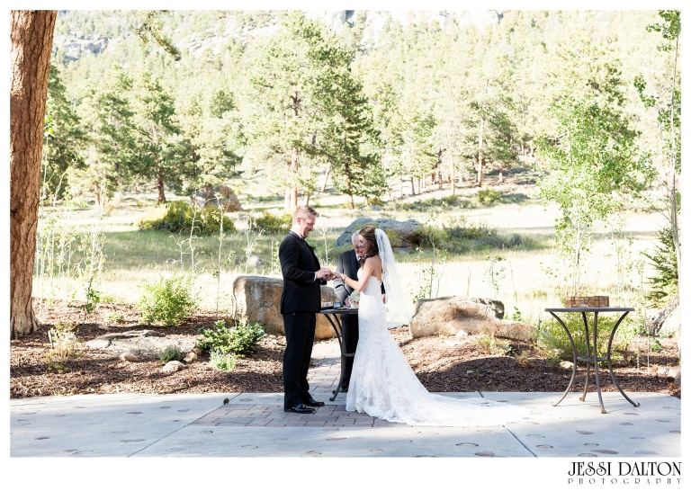 jessi-dalton-photography-colorado-wedding-photographer-della-terra-mountain-chateau-natalieryan_0020