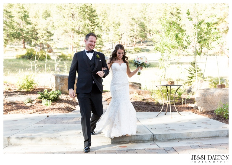 jessi-dalton-photography-colorado-wedding-photographer-della-terra-mountain-chateau-natalieryan_0022
