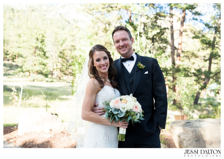 jessi-dalton-photography-colorado-wedding-photographer-della-terra-mountain-chateau-natalieryan_0025