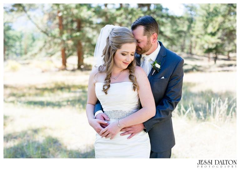 jessi-dalton-photography-mountain-wedding-colorado-wedding-photographer-della-terra-mountain-chateau-allyerik_0022