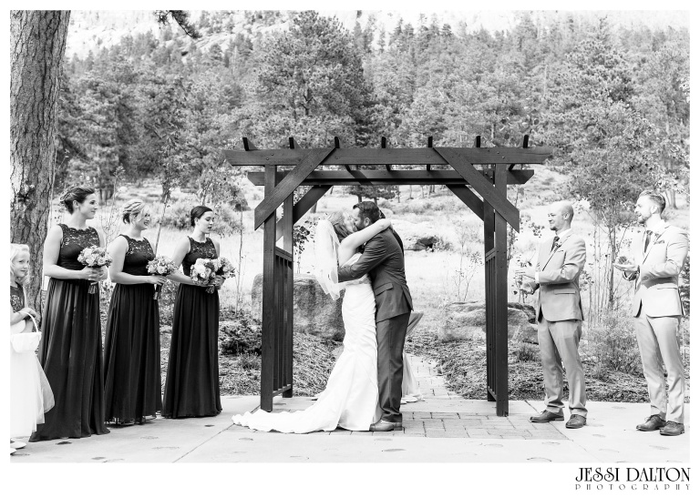 jessi-dalton-photography-mountain-wedding-colorado-wedding-photographer-della-terra-mountain-chateau-allyerik_0029