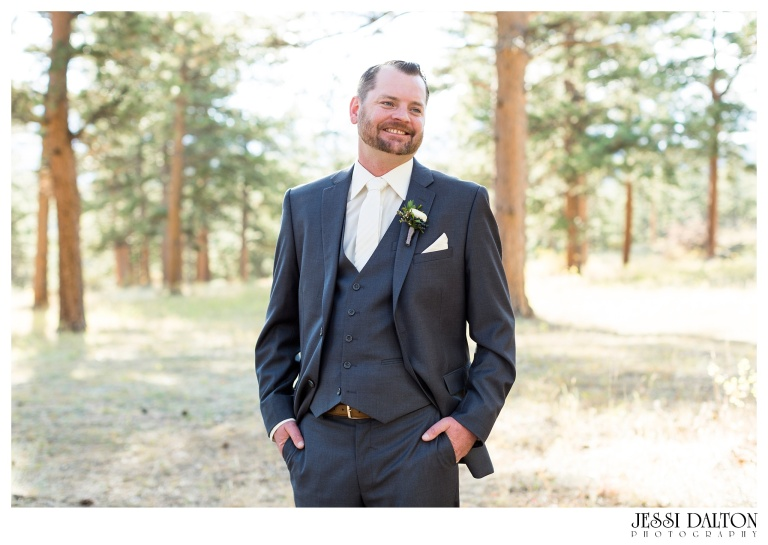 jessi-dalton-photography-mountain-wedding-colorado-wedding-photographer-della-terra-mountain-chateau-allyerik_0035