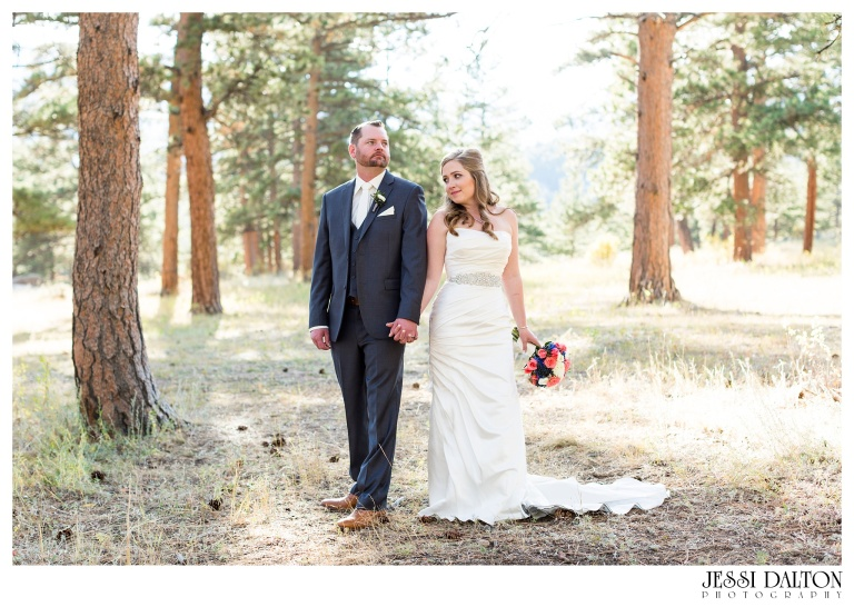 jessi-dalton-photography-mountain-wedding-colorado-wedding-photographer-della-terra-mountain-chateau-allyerik_0038