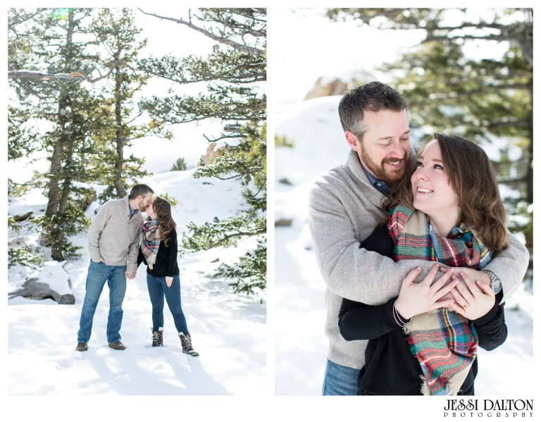 jessi-and-zach-photography-colorado-nevada-wedding-photographers-mountain-engagement-photos-rocky-mountain-national-park_16