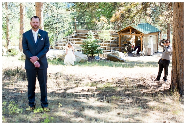jessi-and-zach-photography-lake-tahoe-wedding-photographers-colorado-wedding-photographers-behind-the-scenes-2016_0007